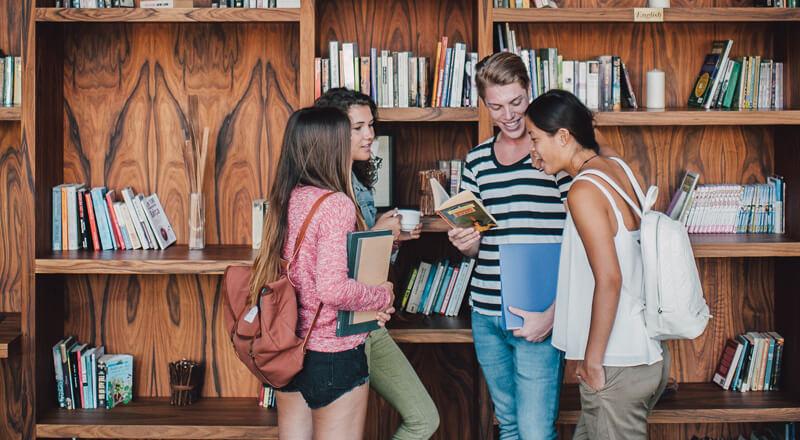 Jugendsprachreise Sommerferien inkl. Vollpension im Wohnheim (10-16 Jahre)