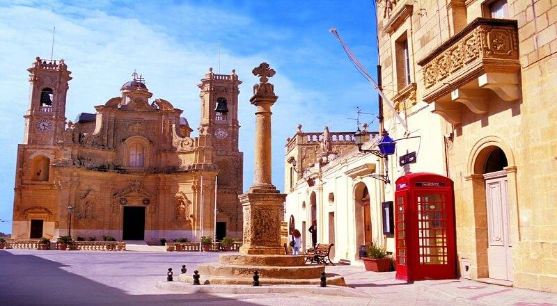 Familiensprachferien in Malta Sliema