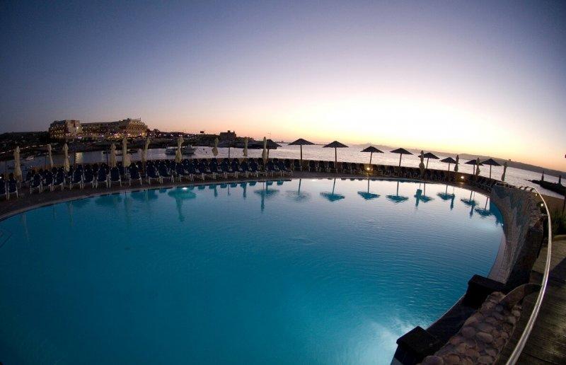 4* Ramla Bay Resort