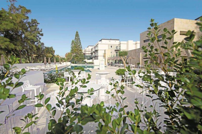 Urban Valley Resort & Spa****