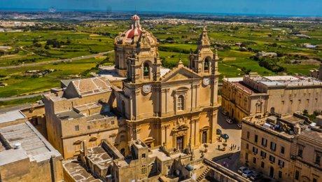 Alte Gottheiten, Apostel Paulus und der Malteserorden
