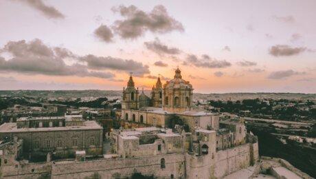 Inseljuwel Malta mit dem Mietwagen entdecken