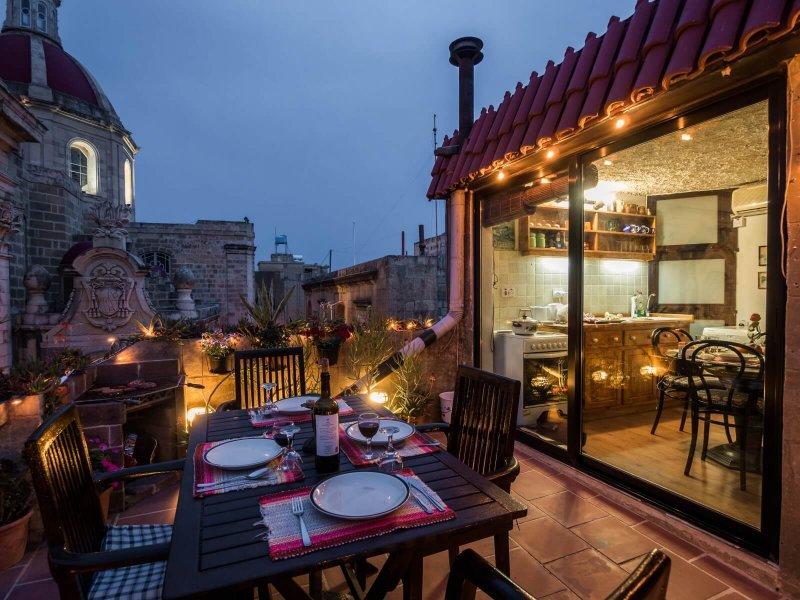 Basilica Penthouse – stilvolles, klimatisiertes Penthouse mit toller Dachterrasse über dem Marktplatz für 2-3 Pers